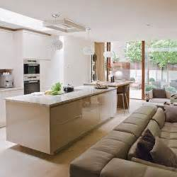 open plan kitchen family room ideas 17 best ideas about kitchen family rooms on kitchen open to living room small