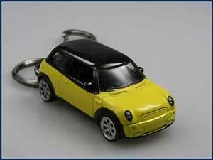 Longueur Mini Cooper : porte cl s mini one cooper s d nouveau porte cl jaune ebay ~ Maxctalentgroup.com Avis de Voitures