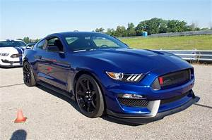 2017 Ford Shelby GT350 Mustang, GT350R Gain More Standard Equipment - Hot Rod Network