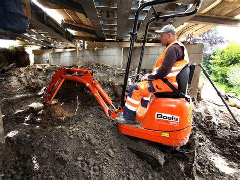 excavator   conventional excavators earthmoving equipment