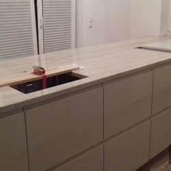 Ikea Küche Lieferung : innsbruck ikea k che mit sky gold granit arbeitsplatten ~ Markanthonyermac.com Haus und Dekorationen
