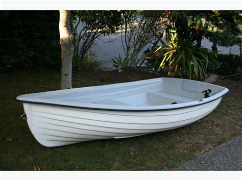 8ft Boat by 8ft Fiberglass Boat And Scotty Rod Holder Saanich