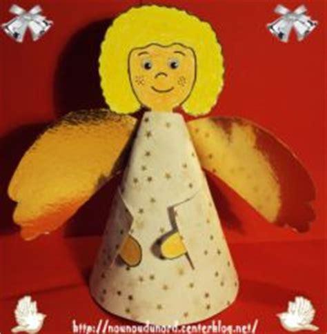 Ange De Noel à Fabriquer Ange De Noel Pour D 233 Corer Le Sapin Fabriquer La Decoration Pour Le Sapin De Noel Avec Les