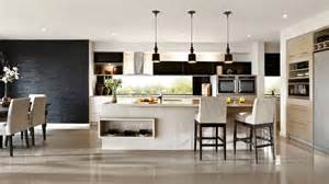 kitchens with island interieur noir blanc cuisine americaine