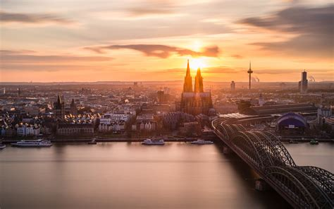 cologne koeln germany sunset cologne cathedral rhein
