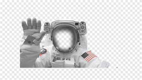 Pesawat luar angkasa kru naga akan berangkat pada rabu, dengan didorong oleh roket falcon 9 dari pusat luar angkasa kennedy di florida, as. Lukisan Mural Tentang Planet Lusr Angkasa - 18 Bilik Bertema Ruang Untuk Kanak Kanak Kerja Kerja ...