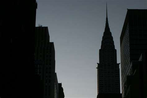 major breaking major power outage hits manhattan