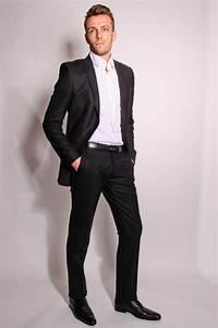 Costume Homme 2017 : costume homme noir cintr le mariage ~ Preciouscoupons.com Idées de Décoration