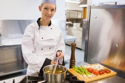 commis de cuisine definition sous chef description what is a sous chef culinary arts