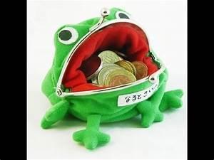 """Naruto Shippuden"" Merchandise - Gama Chan Frog Wallet ..."
