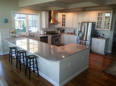shaped kitchen layout with peninsula my g shaped kitchen baywick circle shapes L