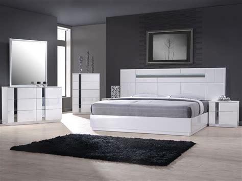 Bedroom Furniture Sets Chicago