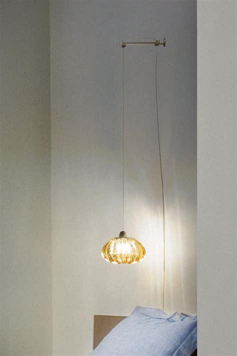 le de chevet en cristal diamante applique de chevet suspendue en cristal de murano massif ambre r 233 f 13110105