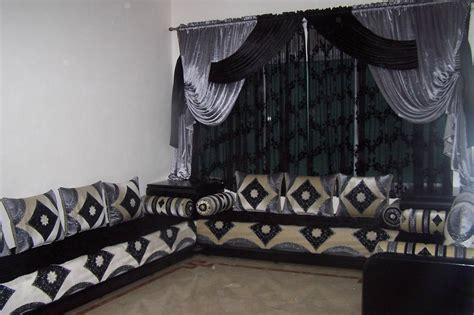 canapé salon marocain rideaux pour salon marocain traditionnel deco salon marocain