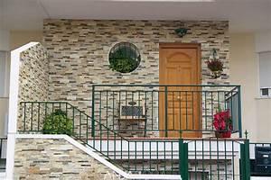 Piedras naturales en fachadas y paredes interiores