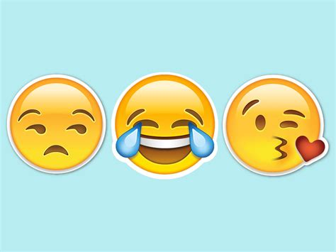 Hillary's Foray Into Emoji Politics Didn't Go So Well