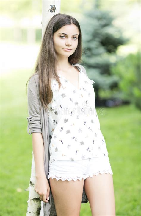 Beautiful Teen Girl Outdoor Stock Image Image Of Cute Casual 33118429