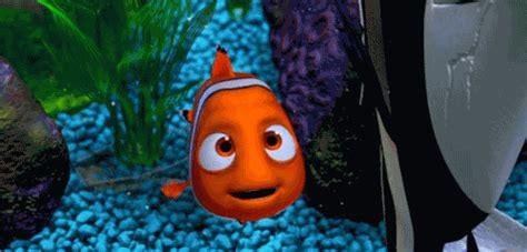 Kumpulan Animasi Ikan Nemo Bergerak