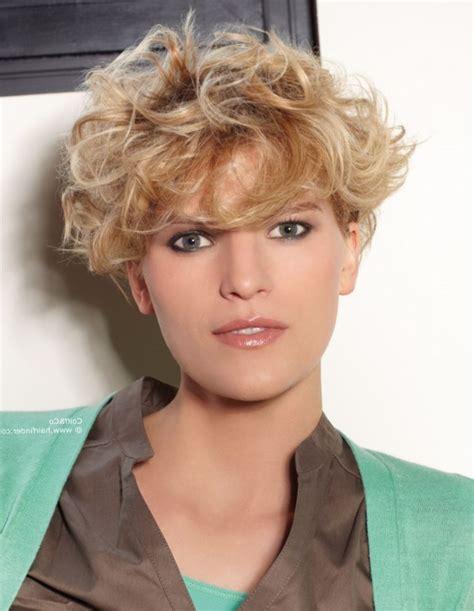 naturlocken kurze haare frisuren naturlocken kurz finden sie die beste frisur inspiration hier