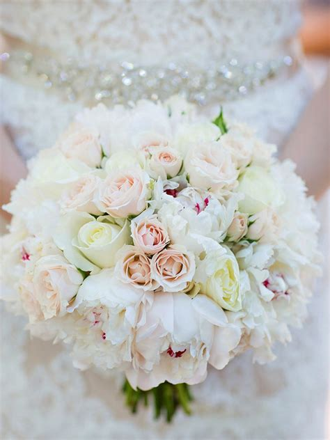 Fantastic White Flowers Wedding Bouquet 40 With Additional