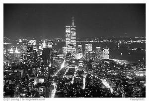 Black and White Picture/Photo: Lower Manhattan seen from ...
