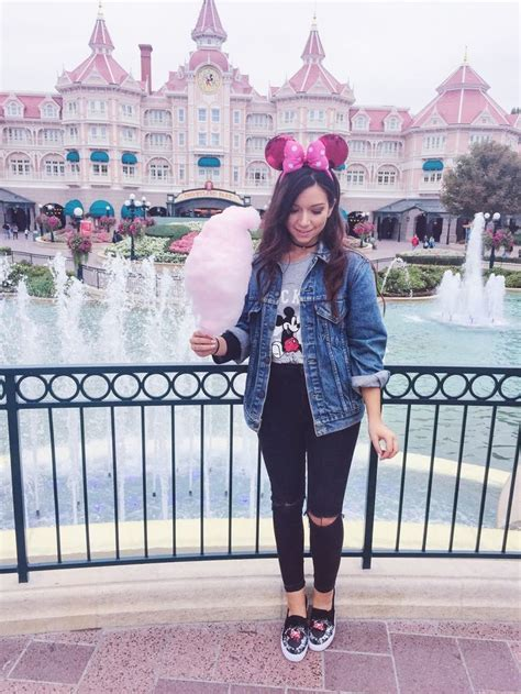 Best 25+ Disneyland outfits ideas on Pinterest | Disney ...