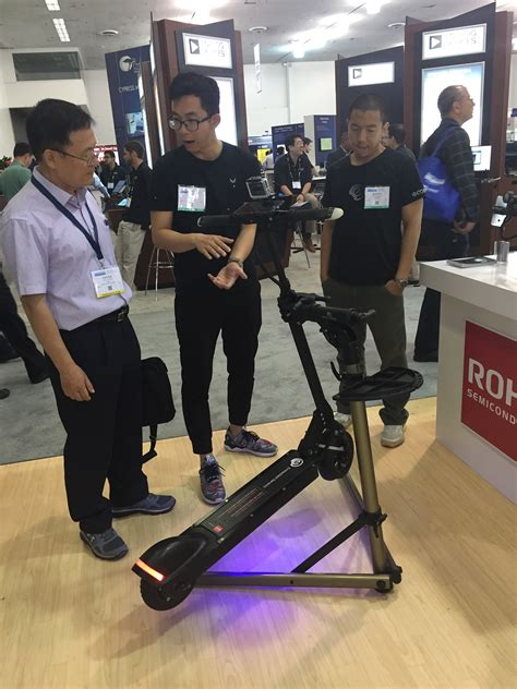 ecoreco  mph electric scooter designed  commuters