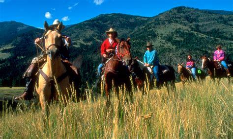 rutas  caballo en familia los mejores senderos  montar