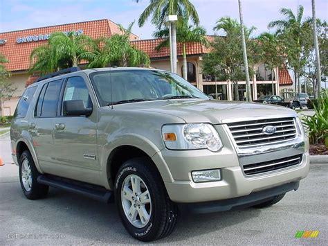 2007 Pueblo Gold Metallic Ford Explorer Xlt #2084884