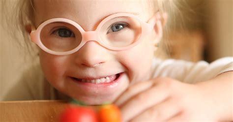 Choosing The Best Eyeglass Lenses How To Choose The Best Pair Of Eyeglasses For Your Child