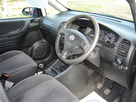 Opel Zafira Interior by Opel Zafira 2002 Interior