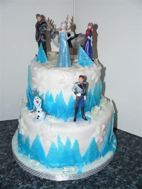 disney frozen cake disney frozen cake cake by krazy kupcakes cakesdecor
