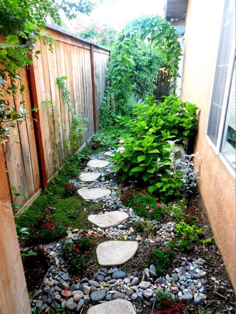 landscaping narrow spaces 1000 images about garden narrow spaces side paths on pinterest gardens walkways and ferns