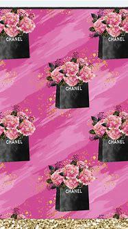 WALLPAPERS — montzee1695: #wallpaper #chanel   Fashion ...