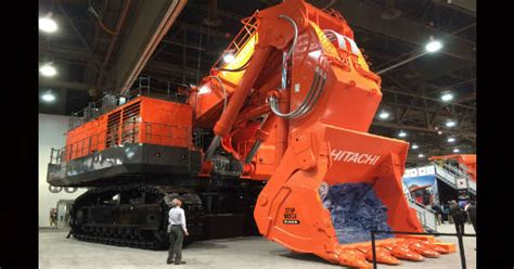 worlds biggest mining excavator hitachi   muscle cars zone
