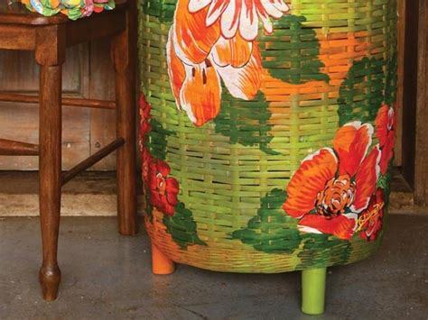 decoupage  fabric   decorate  wicker clothes