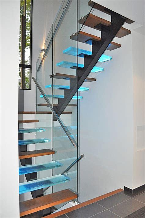 re escalier en verre vert 233 bral verre escaliers battig design