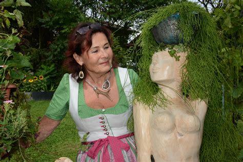 Wohnung Mit Garten Leoben by Quot Kunst Im Garten Quot Margarethe Korner Leoben