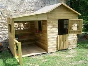 Comment Fabriquer Une Le En Bois by Comment Construire Une Cabane En Bois Dans Son Jardin