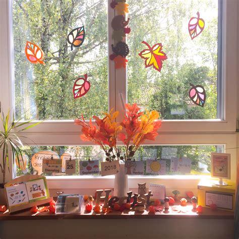 Fenster Blätter by Herbst Im Klassenzimmer