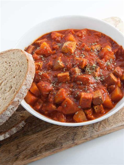 Pumpkin Butternut Squash Soup Curry by 18 Cozy Vegan Fall Dinner Ideas Veganosity
