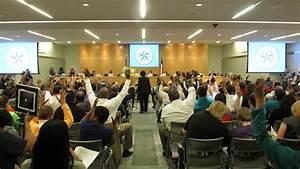 Houston School Board Votes To Save One School, Close ...