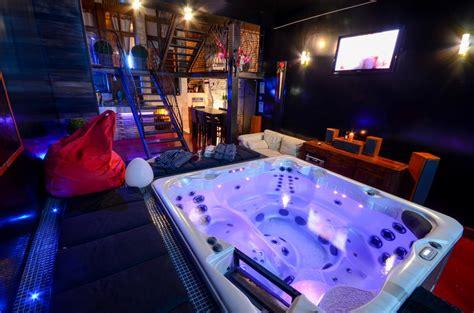 chambre pour une nuit en amoureux chambre amoureux chambre avec spa pour nuit en amoureux
