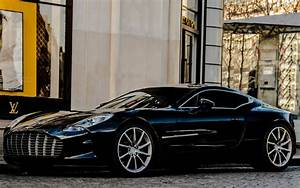 Gorgeous Aston Martin One-77 Wallpaper | Full HD Pictures