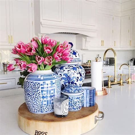Decorating Ideas For Blue And White Kitchen by 5207 Best Blue And White Porcelain And Decor Images On