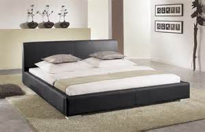 schlafzimmer mit polsterbett polsterbett firenze mit kunstlederbezug betten de