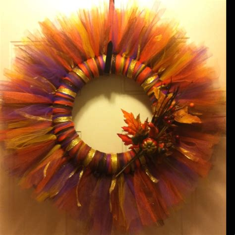 autumn crafts for adults pin by leslie chancey sassy s perfect place on wreath s more wr