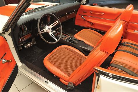 Auto Upholstery Indianapolis by Indy Auto Trim Indianapolis Auto Trim And Upholstery