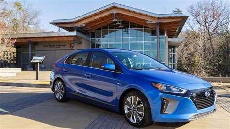 Hyundai America by Hyundai Donates Ioniq Hybrids To U S National Park