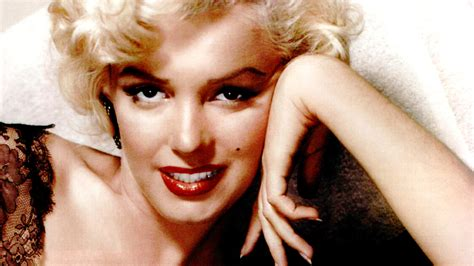 Marilyn Background Marilyn Wallpapers Images Photos Pictures Backgrounds